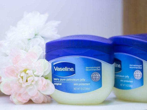 sáp dưỡng ẩm vaseline